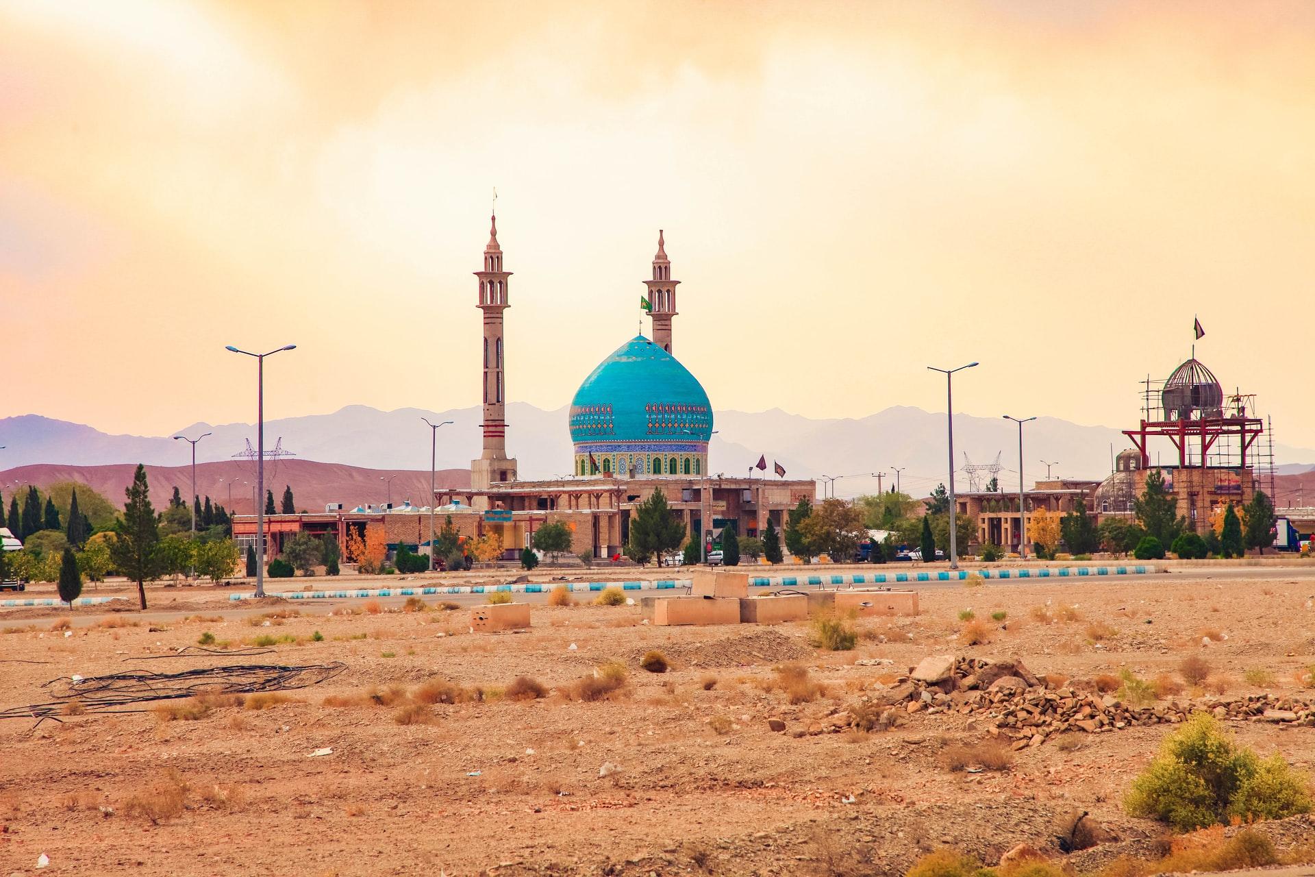 دور المسجد في الامن الايراني