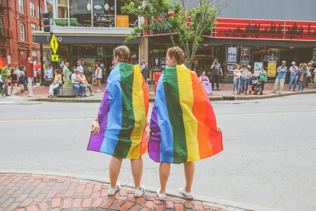 بات العالم المعاصر اكثر قبولا للعلاقات المثلية